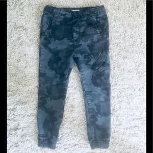 Zara Boys Little Kids Camouflage Pants